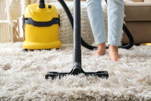 ניקוי שטיחים באופן עצמאי. הסרת כתמים משטיחים
