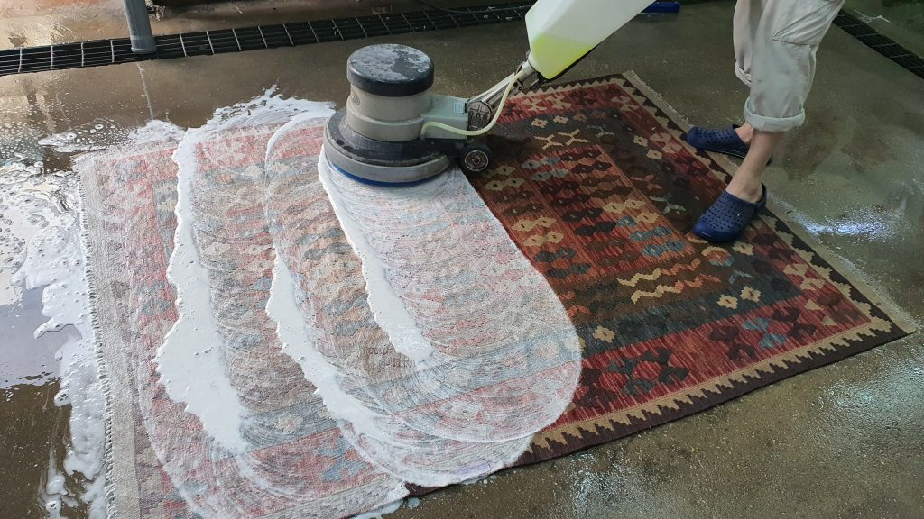 ניקוי שטיחים ניידים