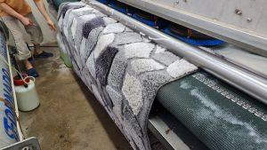ניקוי שטיחים במפעל מקצועי