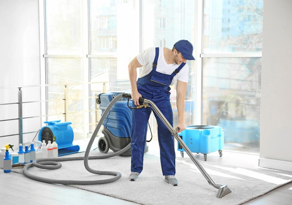 ניקוי יבש לשטיחים