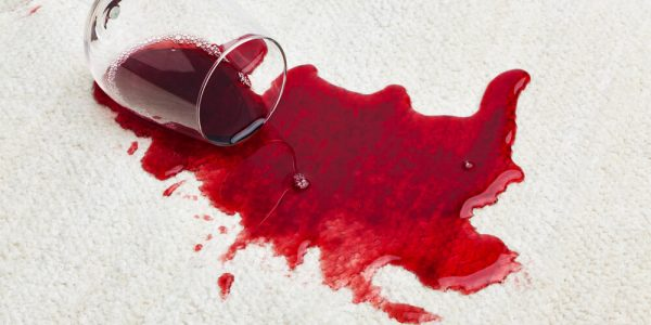 ניקוי שטיח מכתמי יין
